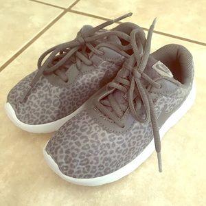 Leopard print girls Nike's